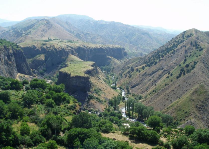 Ущелье в Гарни (Природа Армении)